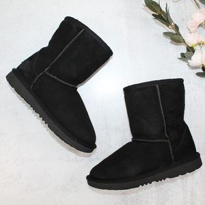 UGG Kids' Classic II Boots in Black Size 1
